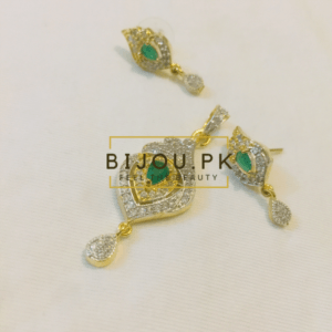 Emerald & Zircon Pendant set online in Pakistan