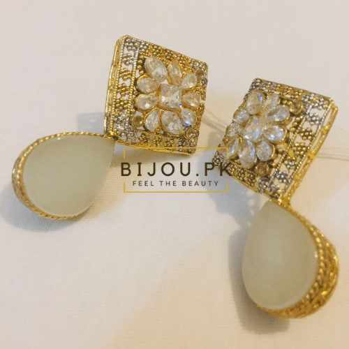 Ladies Ear Studs online shopping in Pakistan