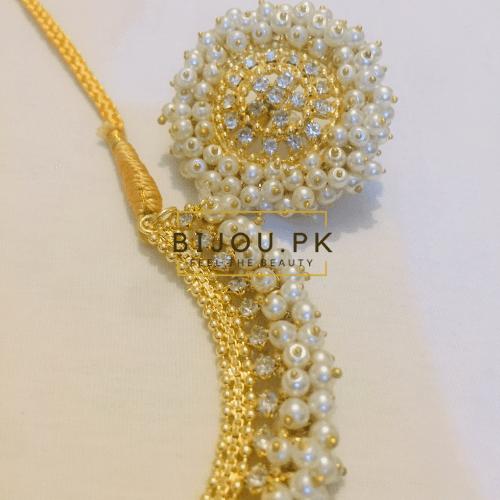 pearl necklace earrings