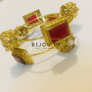 Traditional Dim Golden Bangles for women in Pakistan