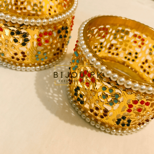 pearl gold bangle